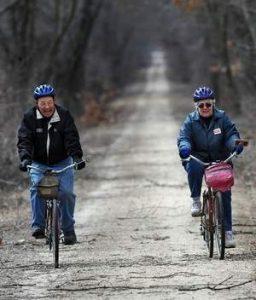 al-judi-on-bikes